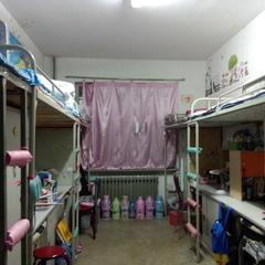我们的寝室