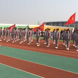 朝阳师专中文系2015级新生军训会操表演